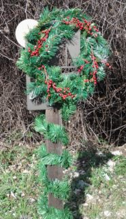 Trail head wreath (click to enlarge)
