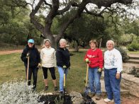 FOP volunteers at the HGB Entrance garden (click to enlarge)